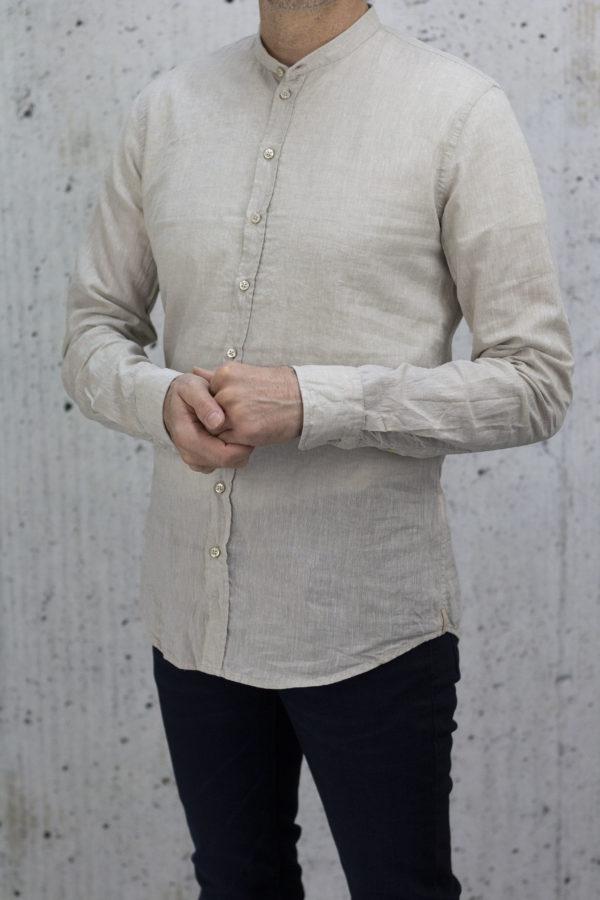 q1-43-0588-Q301-22-Rene-Stehkragen-q1-manufaktur-slimfit-hemd-business-premium-casual-urban-600×900